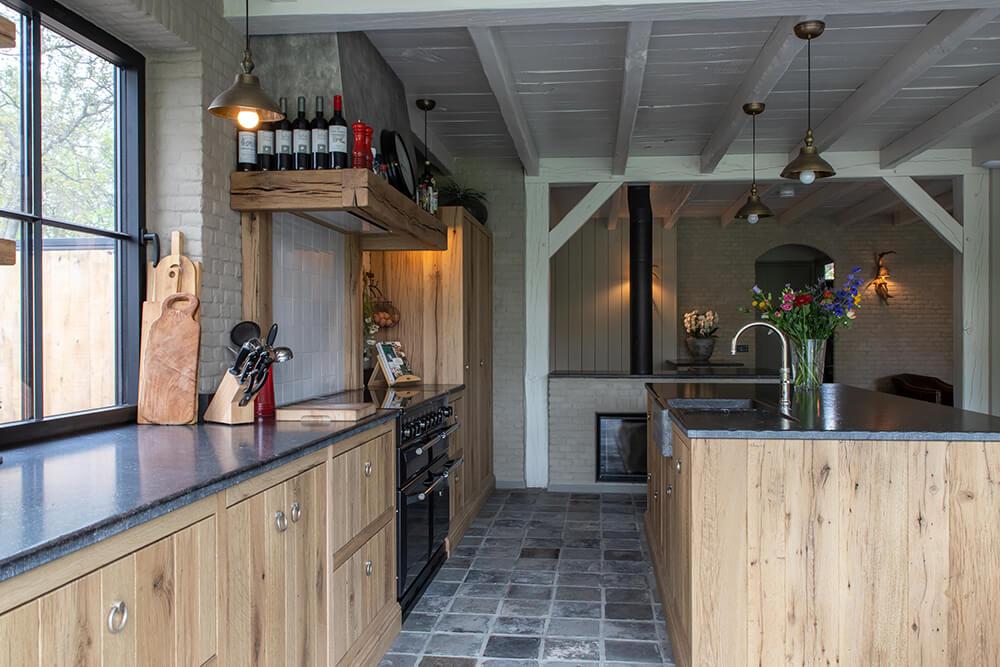 Eiken keuken & eiken poort