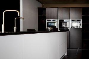 Showroom keuken zwart